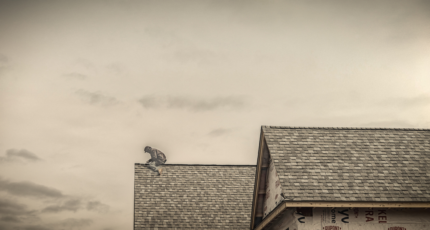 14-Shingler-on-the-Roof